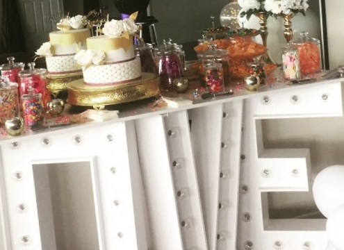 Hinkler Parties Blog Header - Wedding Anniversary Decorations