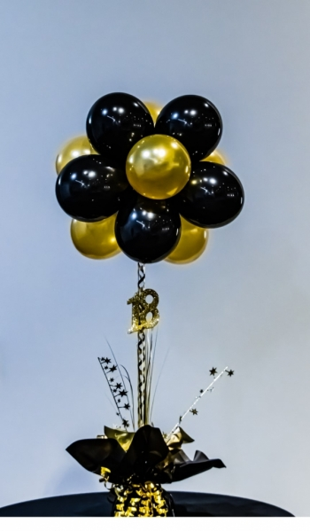 Balloon Topiary Tree table centrepiece with twelve mini balloons in a ball on top